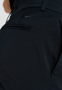 Nike Golf - NIKE FLEX HERREN-GOLFHOSE IN SCHMALER PASSFORM - Bukser - black - 3