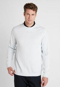 Nike Golf - DRY CREW SWEATER - Klubbkläder - pure platinum - 0