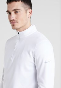 Nike Golf - THERMA REPEL TOP HALF ZIP - Sweat polaire - white - 4