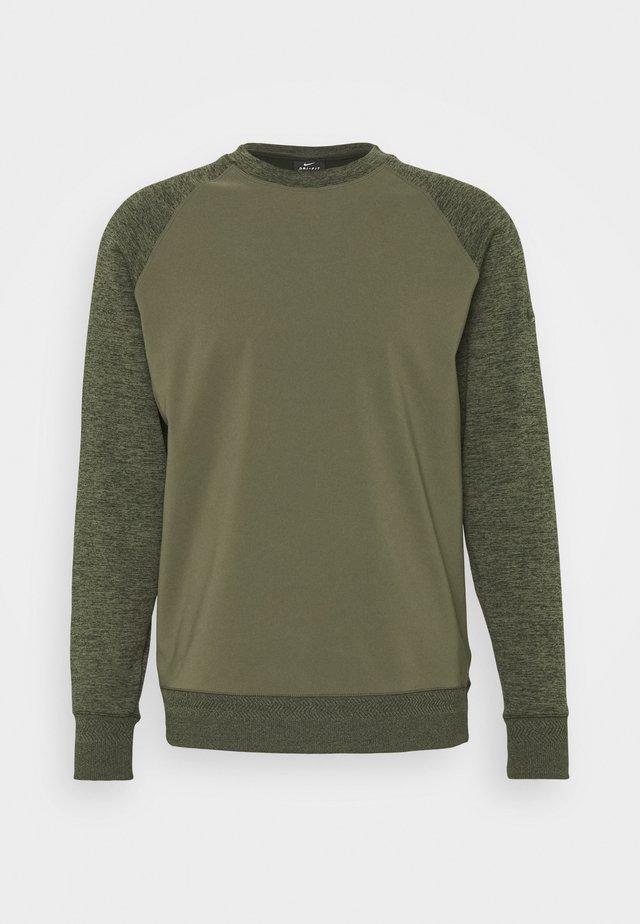 DRY PLAYER CREW - Sweatshirt - medium olive/sequoia