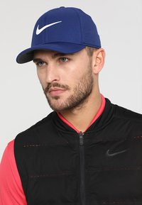 Nike Golf - AROBILL - Casquette - blue void/anthracite/sail - 1