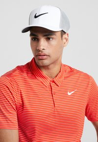 Nike Golf - AROBILL  - Casquette - white/wolf grey/black - 1