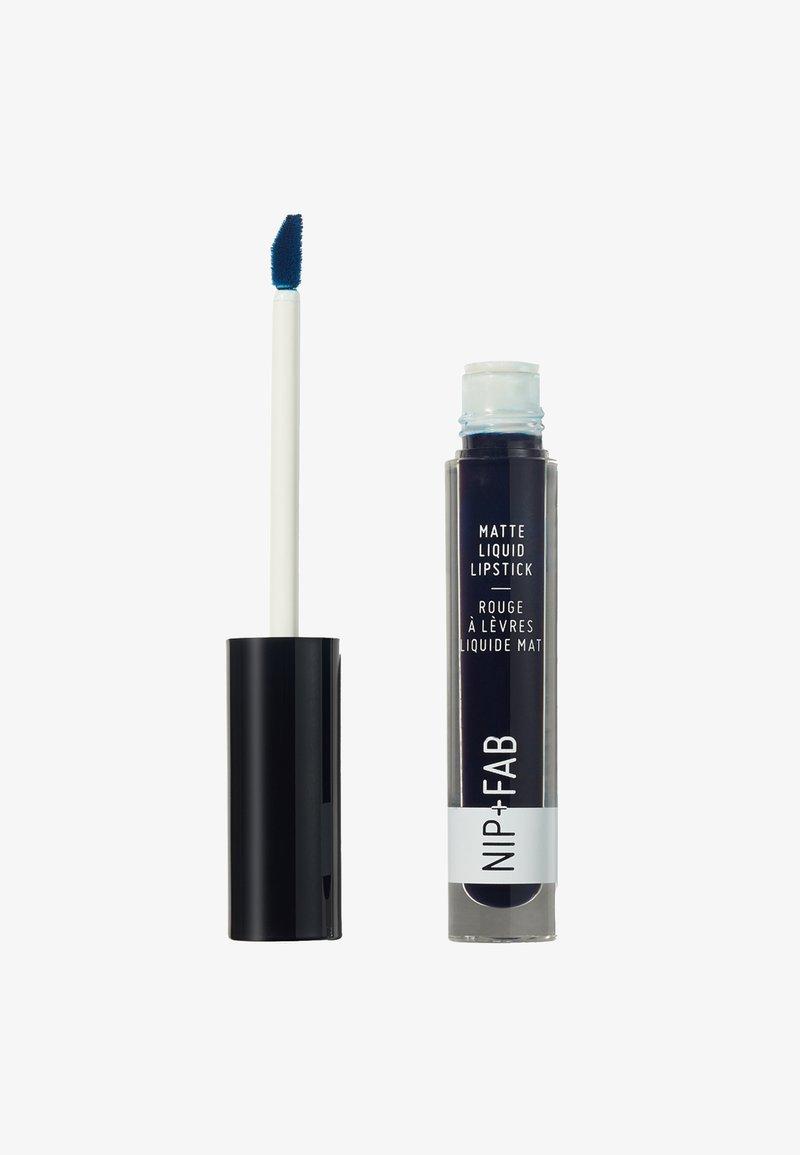 Nip+Fab - MATTE LIQUID LIPSTICK - Vloeibare lippenstift - blueberry