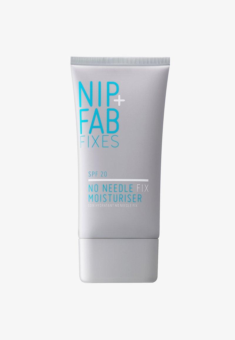 Nip+Fab - NO NEEDLE FIX SPF 20 DAY CREAM 40ML - Dagcrème - -
