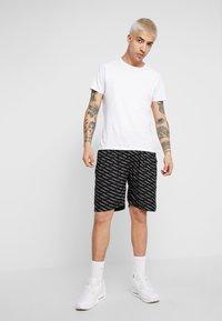 Night Addict - NEYMAR - Shorts - black - 1