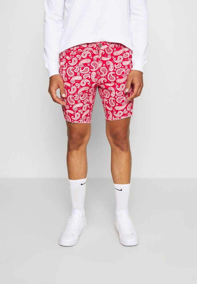 NASULLY - Jeans Shorts - red/white