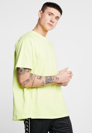 FRED - Camiseta básica - neon yellow
