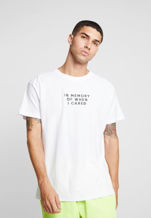 FONTAINB - T-shirt con stampa - white
