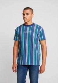 Night Addict - T-shirts med print - navy/ white stripe - 0