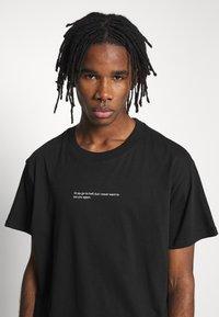 Night Addict - HELL - T-shirt imprimé - black - 3