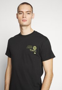 Night Addict - HONSHU - T-shirt con stampa - black - 3