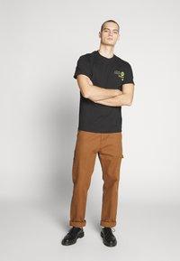 Night Addict - HONSHU - T-shirt con stampa - black - 1