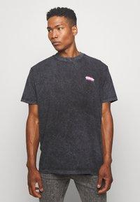 Night Addict - MAGA - T-shirt print - black - 2