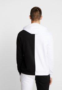 Night Addict - Jersey con capucha - black/white - 2
