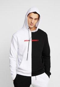 Night Addict - Jersey con capucha - black/white - 0