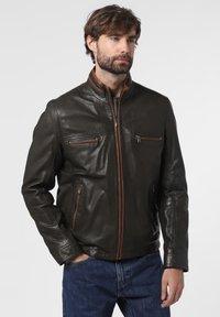 Nils Sundström - Leather jacket - oliv - 0