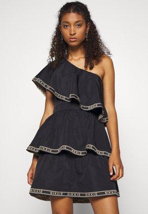 NYNKE DRESS - Korte jurk - black