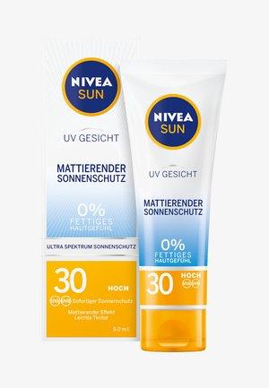 UV FACE SHINE CONTROL CREAM - Crema solare - -