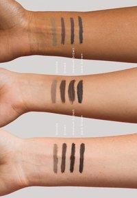 NKD/BTY - BROW GEL - Eyebrow gel - dark brown - 3