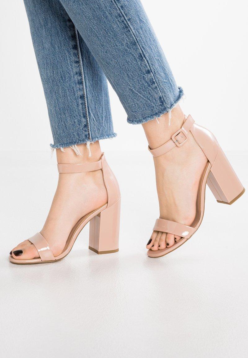 New Look - RICHES - Sandaler med høye hæler - oatmeal