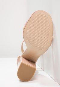 New Look - RICHES - Sandaler med høye hæler - oatmeal - 6