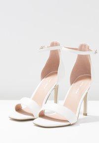 New Look - ROCKET - Korolliset sandaalit - white - 4