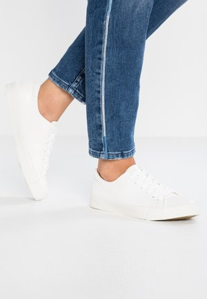 MIGUEL - Baskets basses - white
