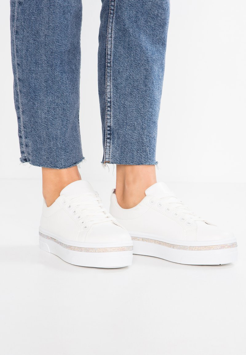 New Look - MOSITIVE - Joggesko - white