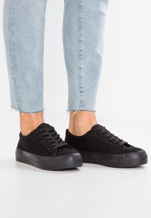 MADDED - Trainers - black