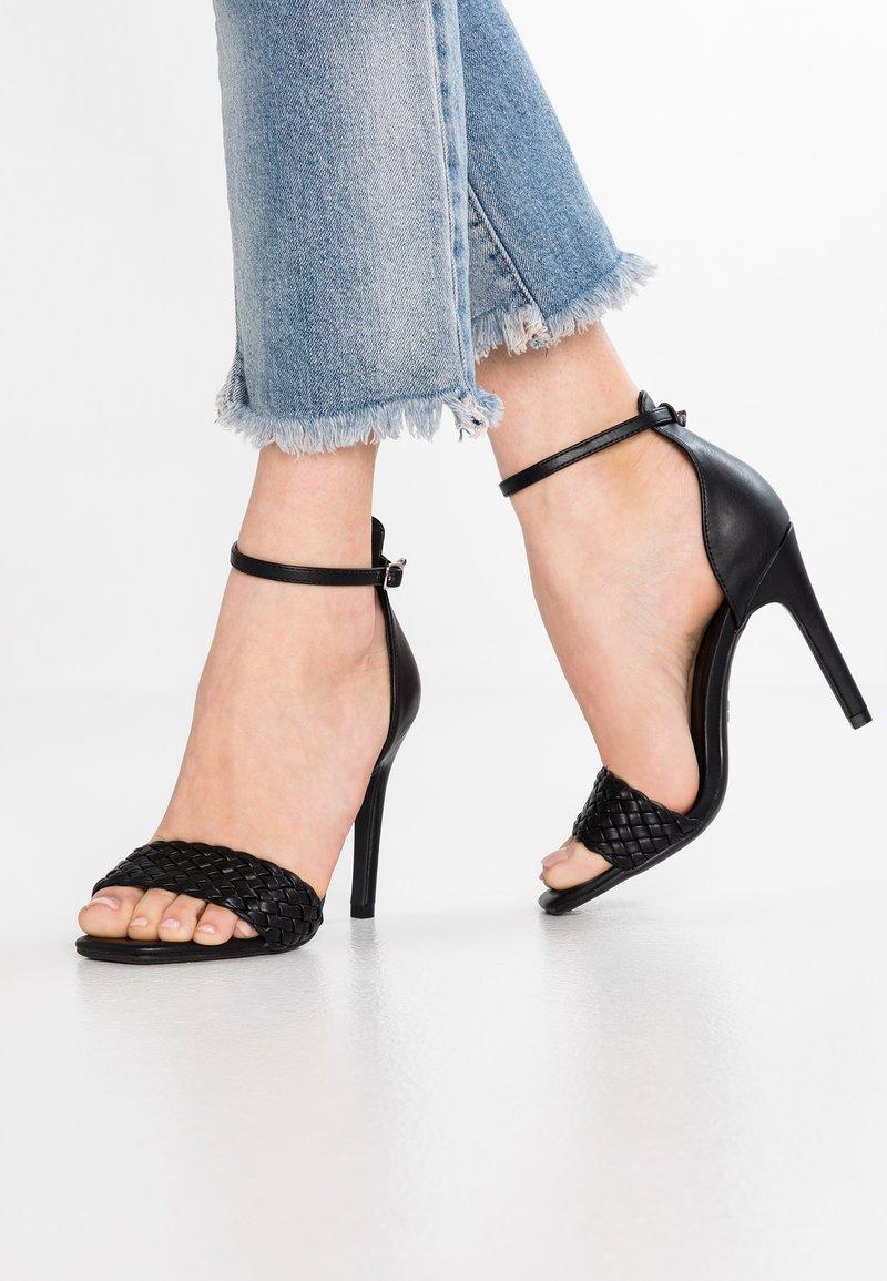 New Look - WEAVY - Sandales à talons hauts - black