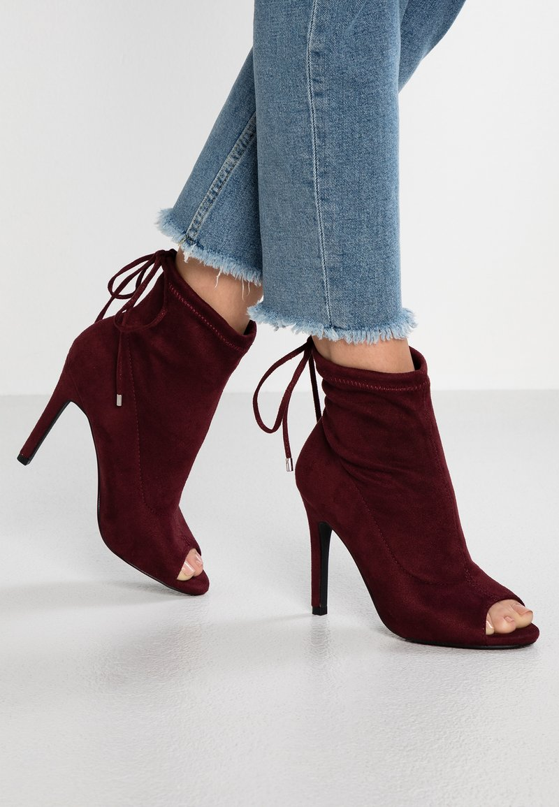 New Look - SCREECH - High heeled ankle boots - bright red
