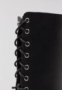 New Look - BRAVO - Snørestøvler - black - 2