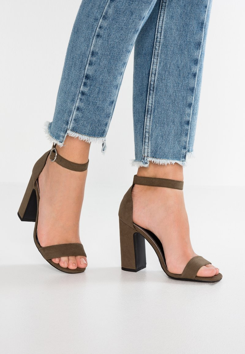 New Look - SWAGGLE - Sandalen met hoge hak - dark khaki