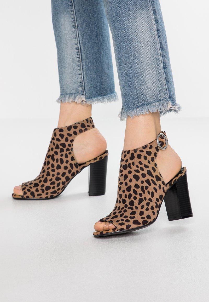 New Look - WOWEE - High Heel Sandalette - brown
