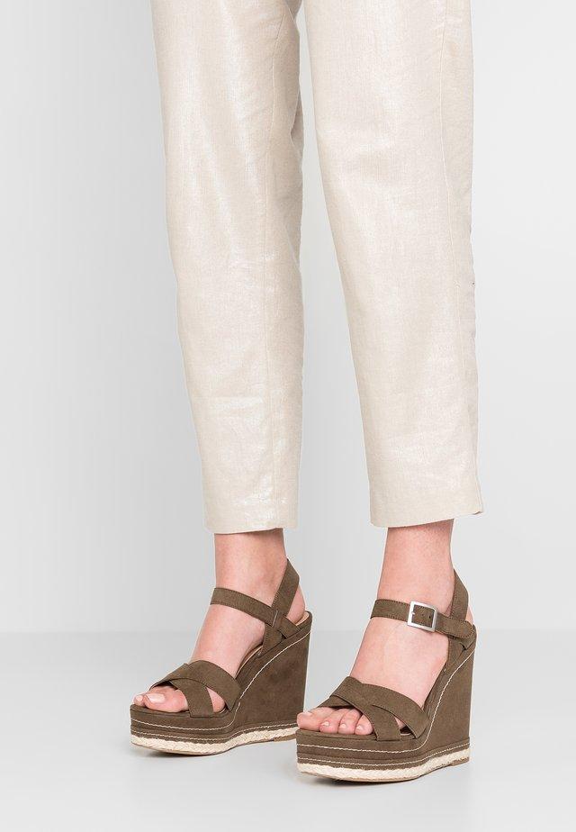 OVER - Sandalen met hoge hak - dark khaki