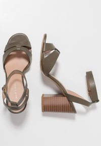 New Look - PENNY - High heeled sandals - dark khaki - 3