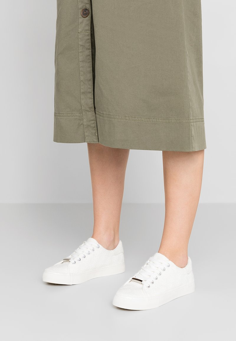 New Look - MODY - Trainers - offwhite