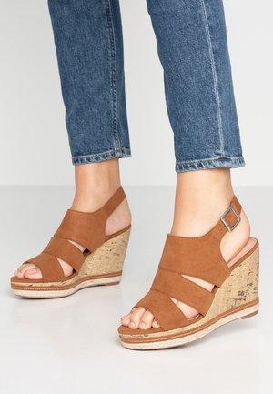 COMFORT PRAM - High heeled sandals - tan