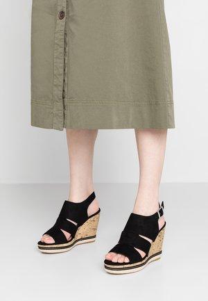 COMFORT PRAM - Korolliset sandaalit - black