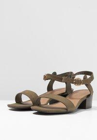 New Look - ORIGIN - Sandaler - dark khaki - 4