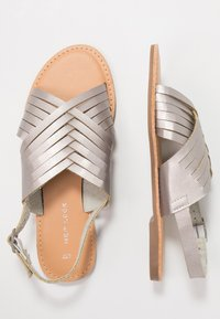 New Look - FISHTAIL - Sandals - silver - 3