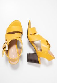 New Look - PARADISE - Sandals - bright yellow - 3
