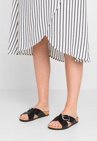 New Look - FLAMENCO - Chaussons - black - 0