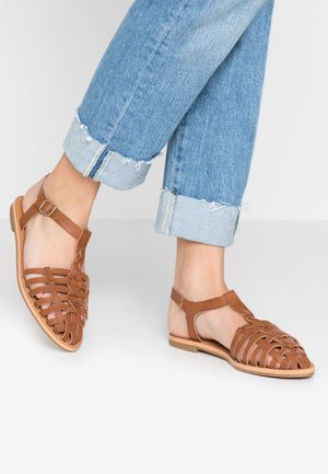 KARLISLE - Sandals - tan