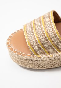 New Look - HAPPYHOUR  - Platform sandals - orange/yellow - 2