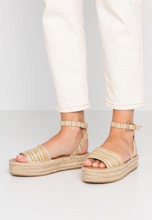 HAPPYHOUR  - Korkeakorkoiset sandaalit - orange/yellow