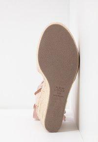 New Look - PADY - Sandály na vysokém podpatku - oatmeal - 6