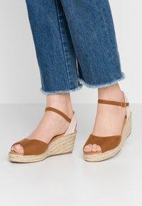 New Look - PAT - Platform sandals - tan - 0