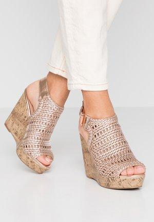 OLIVE - Korolliset sandaalit - rose gold