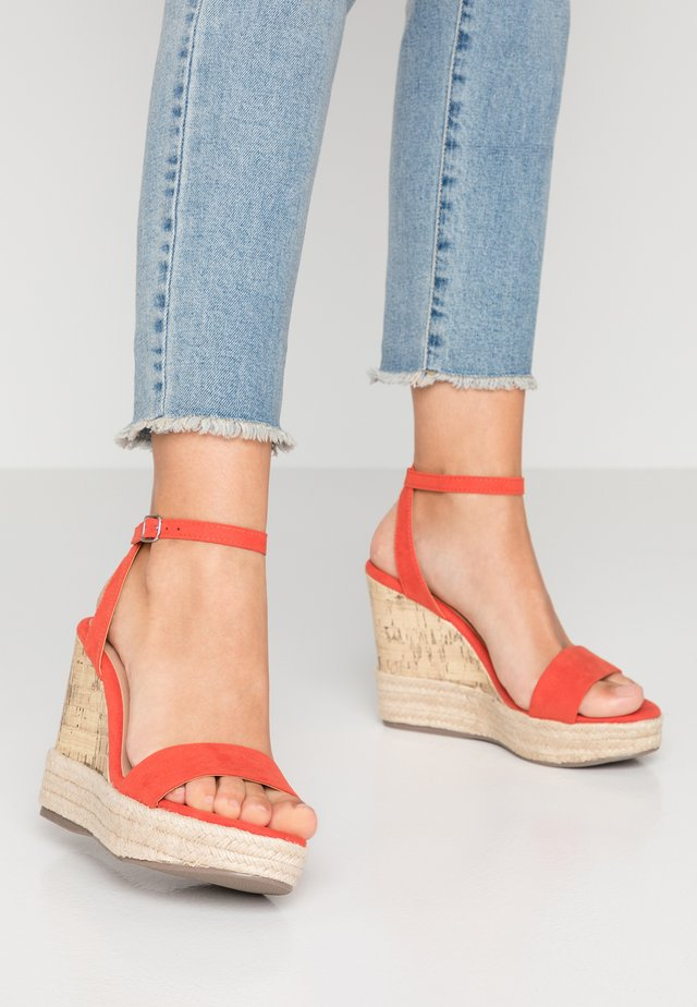 OTTER - Sandalen met hoge hak - burnt orange